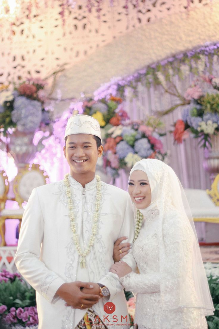 Mega & Pratama wedding by LAKSMI - Kebaya Muslimah & Islamic Wedding Service - 008