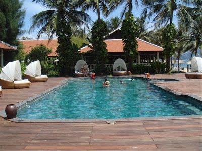 Green Sukabumi Stone | Green Sukabumi Stone for Pool Tiles | Pedra Hijau Verde: Project Gallery