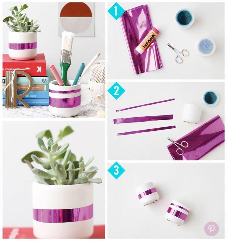 ¡Crea brillantes decoraciones en simples pasos!<<<  Dale un toque de magia a tu escritorio o mesa de noche de una forma fácil y creativa #OFFCORSS Emoticón smile ¿Te gusta esta idea?