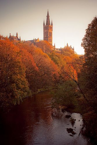 River Clyde running through Kelvingrove park with Glasgow University in the background