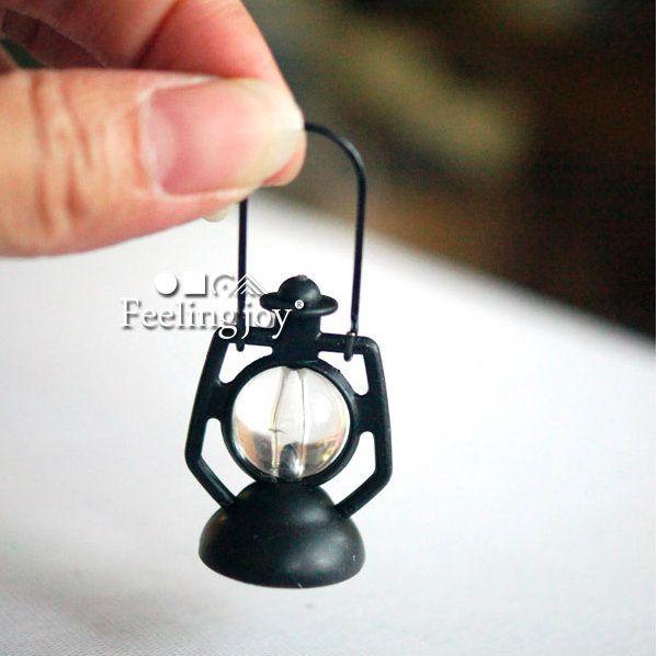 1:12 Metal Kerosene Lamp Miniature Vintage Lantern Lighting Dollhouse Decor Toy