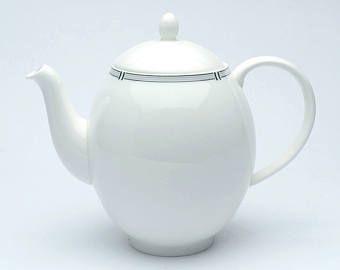Vintage teapot, white china teapot, retro teapot, vintage chinaware, white teapot, china teapot, white chinaware