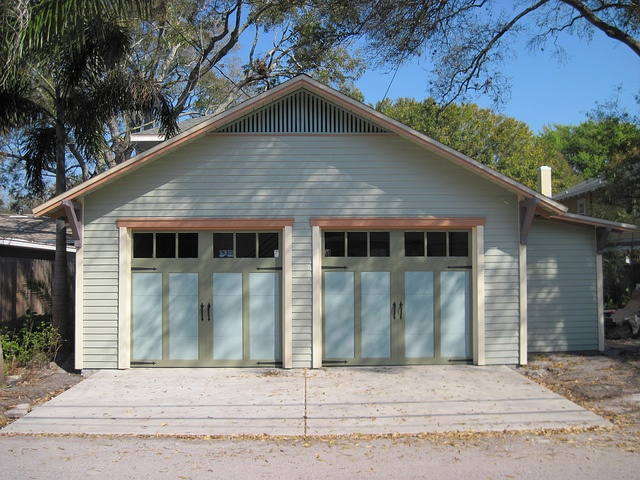 1000 images about clopay steel carriage house garage for Californian bungalow front door