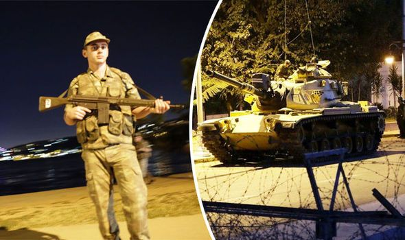 Foreign Office urges British nationals trapped in Turkeys military coup to stay indoors