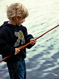 Fabriquer une canne à pêche pour enfant