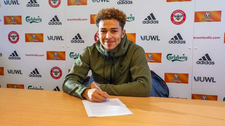 David Titov signs new 18-month contract - News - Brentford FC