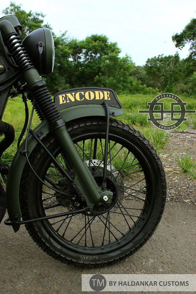 Paint Military Green Royal Enfield Classic Haldarkar Customs