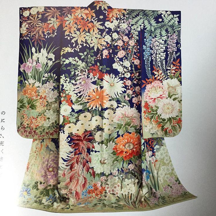 「四季花文様振袖 池田重子コレクションより 大正末期の作 大胆に描かれた花々の表現が素晴らしい」