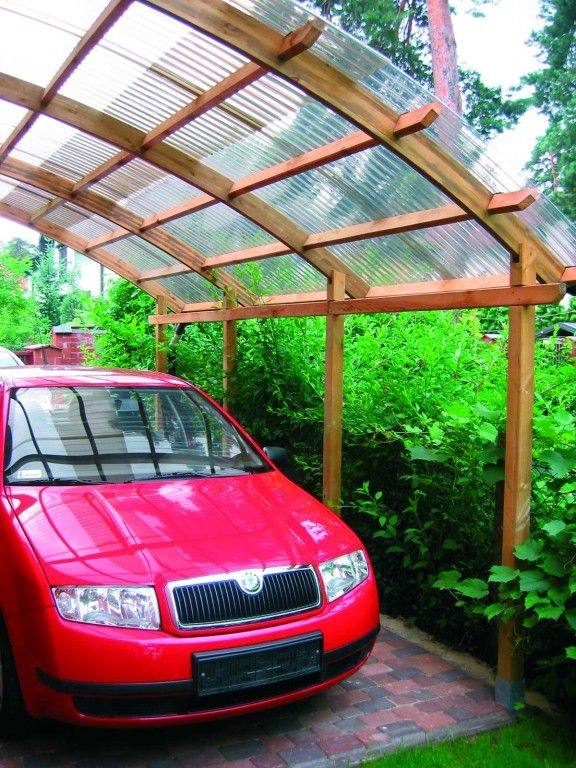 Drewniany garaż produkcji Jagram SA