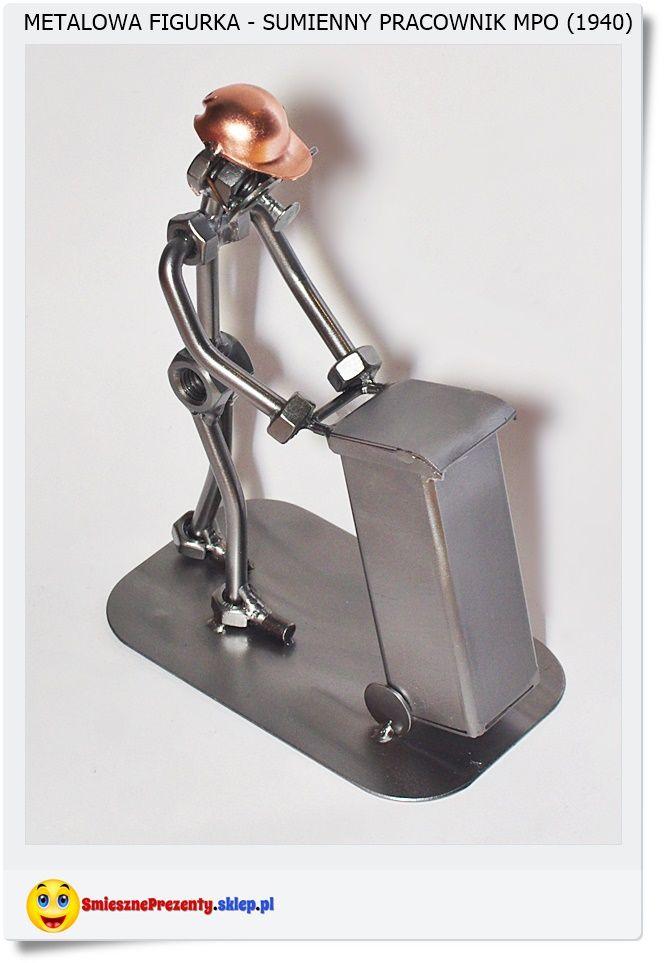 Figurka pracownika MPO Śmieciarz z humorystycznym przekazem