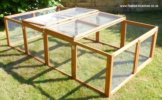 The roof panel folds back to give you access to either end of the rabbit run. It can also be completely removed if you so wish