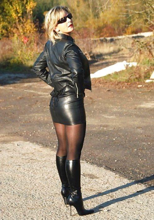 девушки в кожаных мини юбках чулках фото - 12