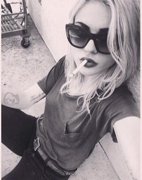 """Chillin' like a villain."" ~ Francis Bean Cobain"