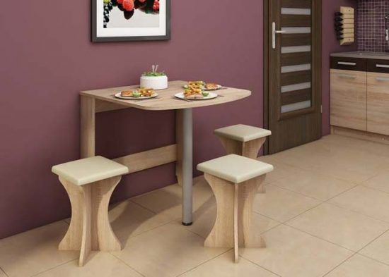 Откидные столы могут быть разных форм