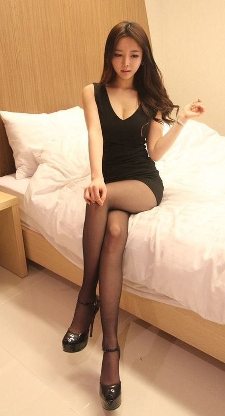 legs hot female escorts