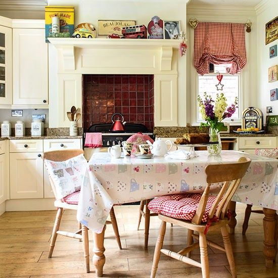 Eclectic country kitchen-diner | Kitchen-diner ideas | Kitchens | PHOTO GALLERY | 25 Beautiful Homes | Housetohome.co.uk