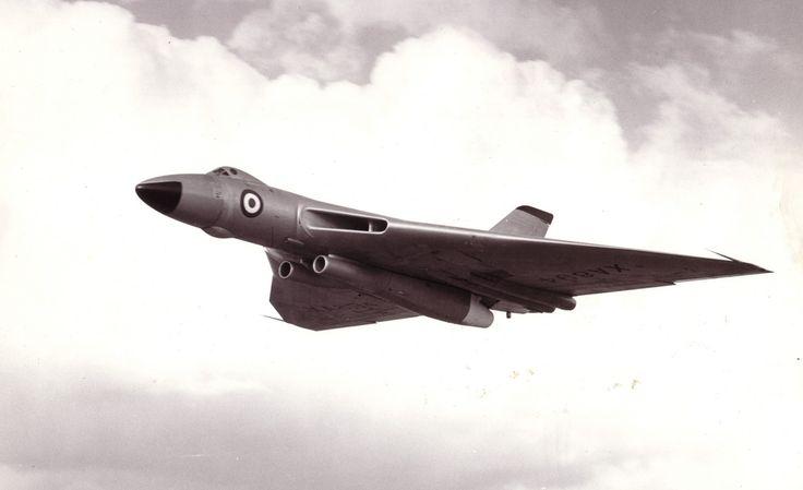 Avro Vulcan B1 TSR 2 Olympus at Farnborough (1962)