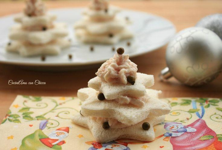 Volete preparare un'antipasto veloce e raffinato ecco qui amici alberelli di tartine antipasto veloce ...