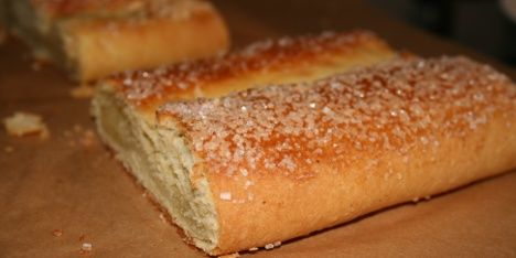 Prøv denne søde danske klassiker, hvis du står og mangler en kage til kaffen. Og husk: hjemmelavet er vellavet.