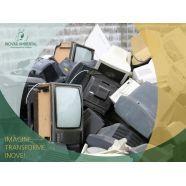 Coleta de resíduos perigosos - A empresa se encarrega do transporte e descarte correto. Veja mais no link!