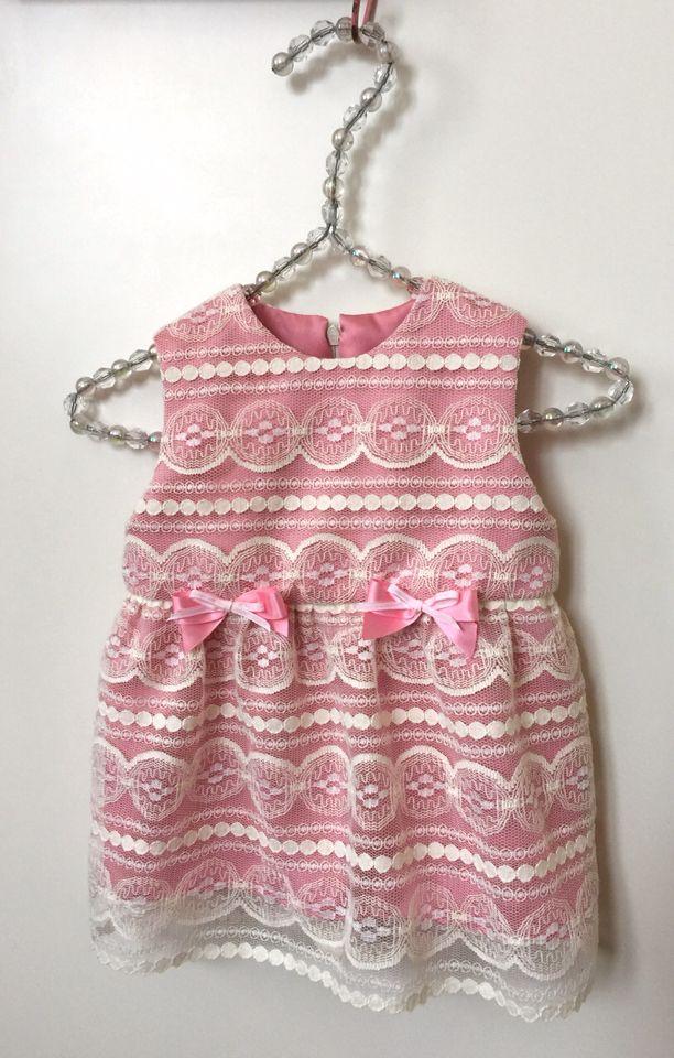 Vauvan mekko / A dress for a baby girl