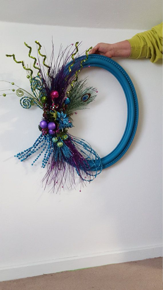 Oval Picture Frame Wreath by JanesJunkieTreasures on Etsy ...