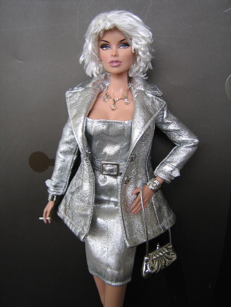 Luxe Life Vanessa Barbie Silkstone Amp Fashion Royalty