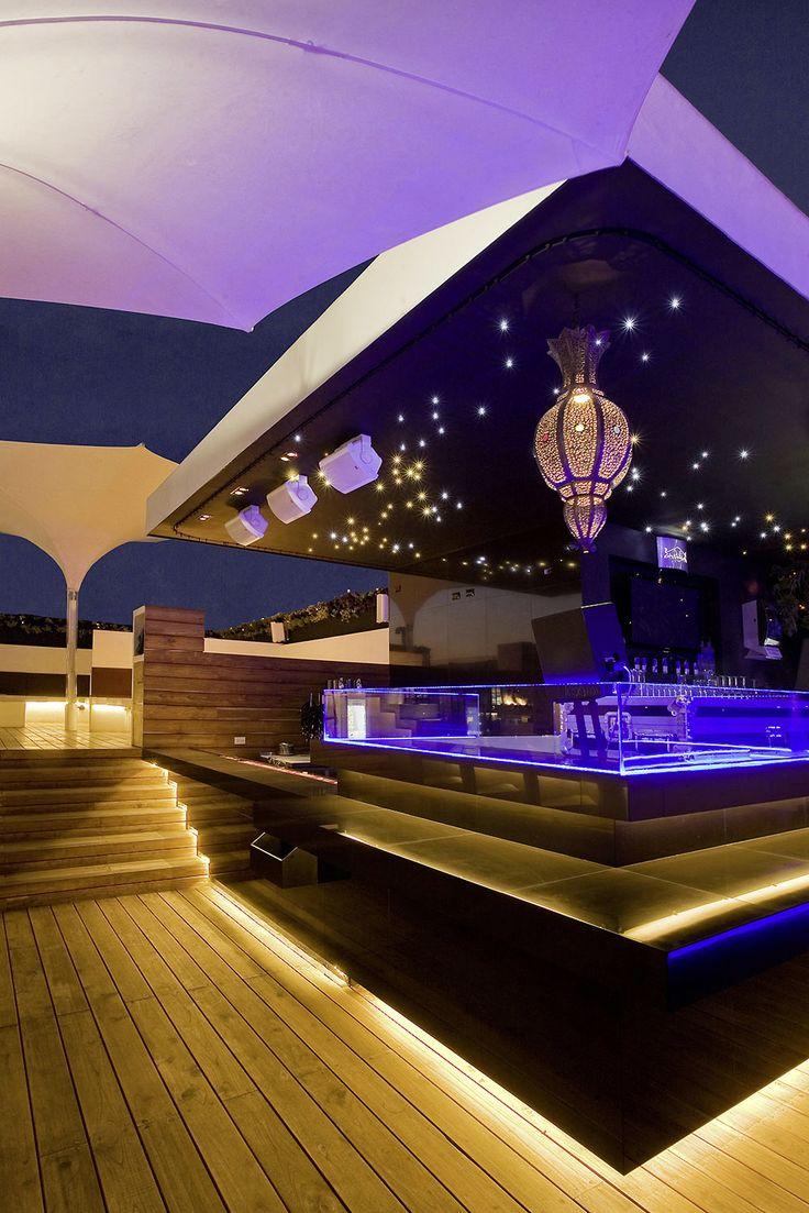 Hookah Satelite Restaurant, Ciudad Satelite (Mexico). Hospitality Lighting catalogue.