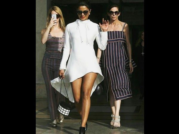 Global conqueror Priyanka Chopra is on a roll and her latest head turning looks from Paris attending Paris fashion week broke the internet. Priyanka has been sharing gorgeous pictures of her on her social media handle and we simply cant get over the fact how amazing this girl is!  Yet again PeeCee has shared another picture with a caption you definitely dont want to miss. The actress almost recreated Mean Girls moment and we already love it.  Priyanka captioned the picture saying I dunno y…
