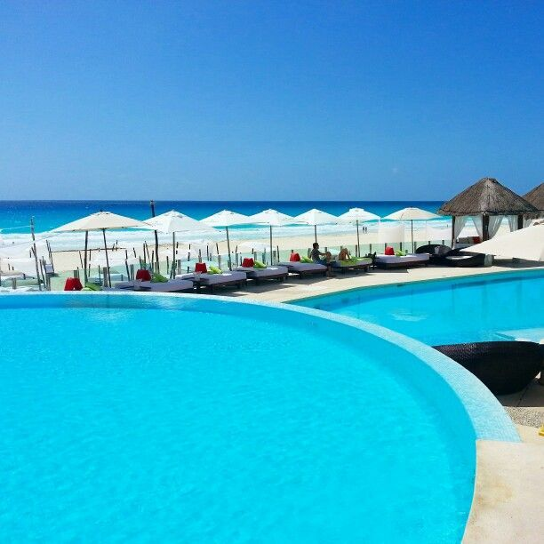 Our idea of a winter getaway... #MECancun #Cancun #TheBeachClub