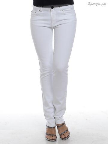 Основа гардероба: модные женские джинсы