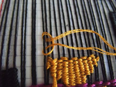 Freestyle weaving tutorial stitches and changing colors.