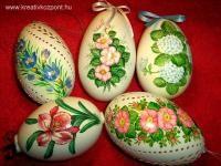 Húsvéti pályázat - Festett-metszett  húsvéti tojások