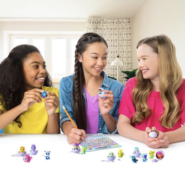 Carolyn's Kids Talent Jaden Y. (in the middle) for SpinMaster Hatchimal photo shoot.