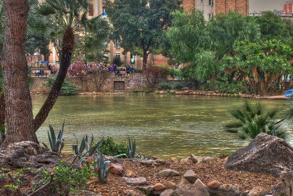 Lake in Parque della Ciutadella in Barcelona