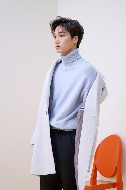 Kai - 161020 Official EXO Vyrl update Credit: Official EXO Vyrl.