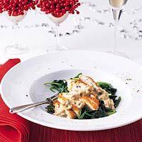 Parelhoenfilet met champignonroomsaus en spinazie