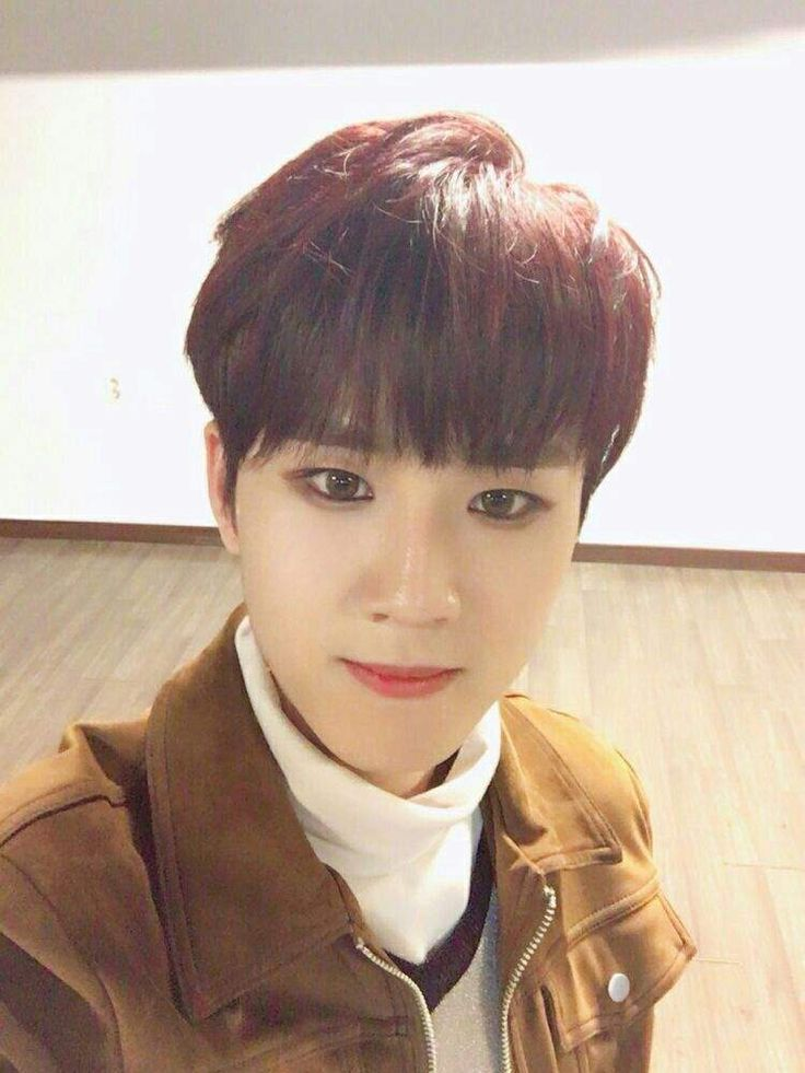 Younghoon (영훈)