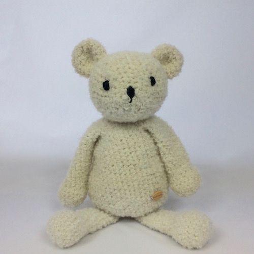 cuddly soft teddy bear - crochet - alpaca yarn -https://momonomo.com/produkt/mis-z-naturalnej-alpaki-kopia/