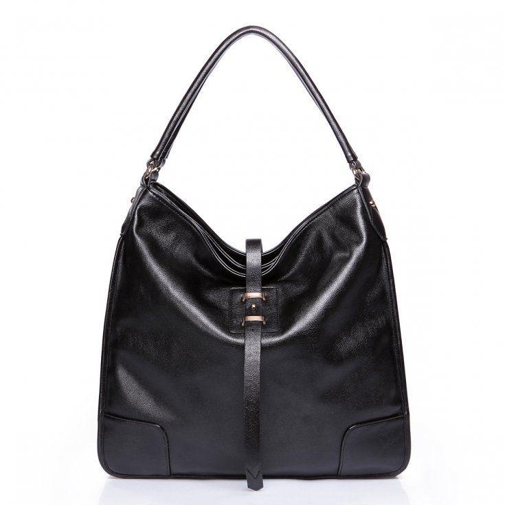 Klasyczna torba na ramię w  kolorze czarnym