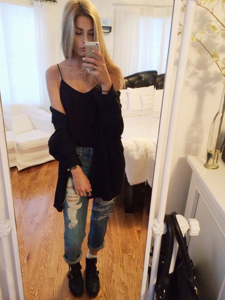 todays outfit topshop boyfriend jeans, h&m black cami, brandy melville cardigan, topshop arabel ankle boots have a great day bbs