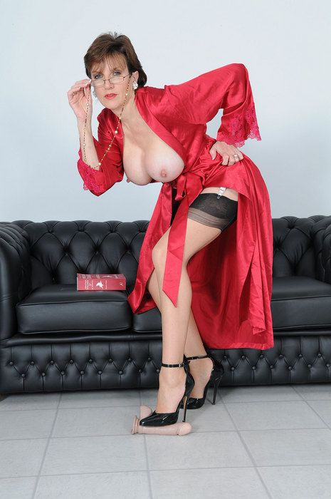 Lady Sonia picture sample 4 Lady-sonia - Adult Reviews