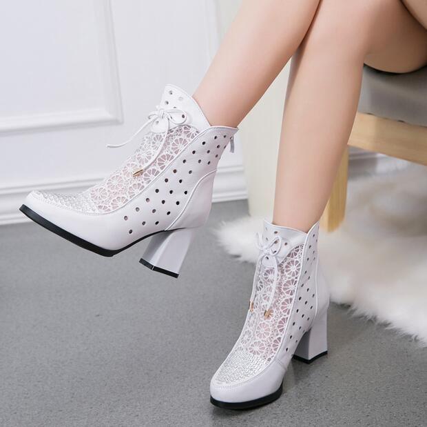 Pas cher Haute Qualité Femmes Bottes Véritable Cheville En Cuir Bottes  Dentelle D\u0027été Bottes Zapatos Chaussures Femme Carré À Talons Hauts Femmes  Chaussures