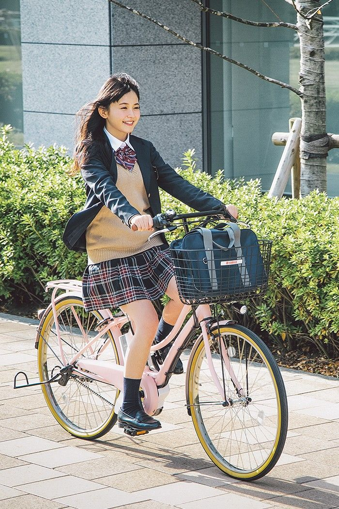 「Uniforms+Bike」おしゃれまとめの人気アイデア|Pinterest|Mikechyl Jiang | 女子高生ファッション,  キュートなファッション, ギャル スタイル