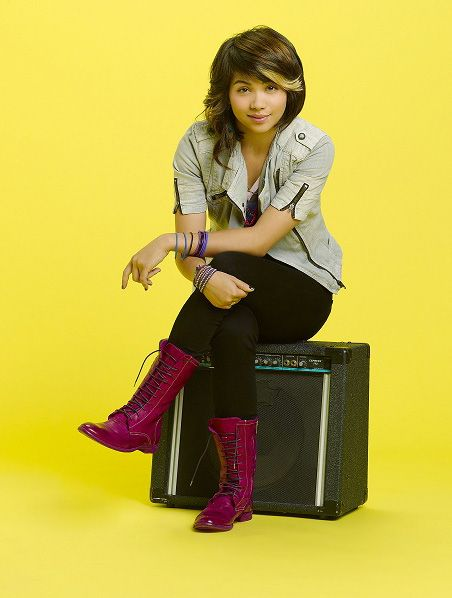 lemonade mouth stella outfits - photo #15