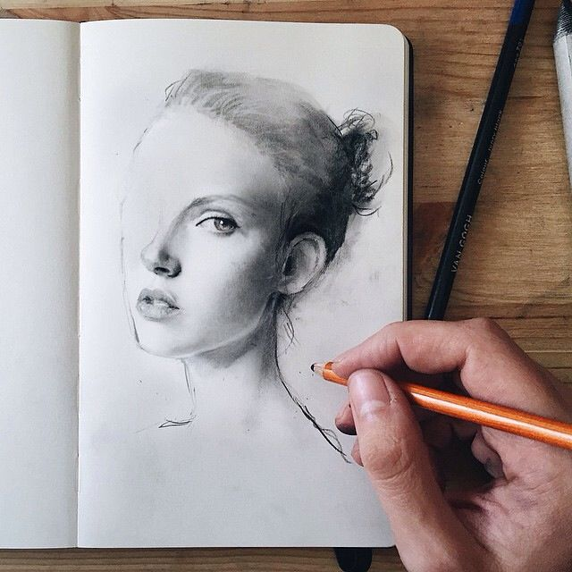 Awesome drawing by Albert Soloviev #drawing #pencil #sketch #portrait