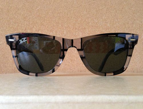 New Ray Ban Wayfarer RB2140 1084 Dark Light Gray RARE Print