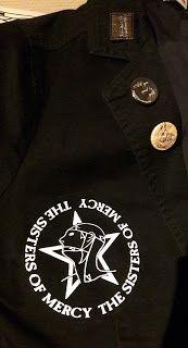 DIY Weekend: Goth blazer