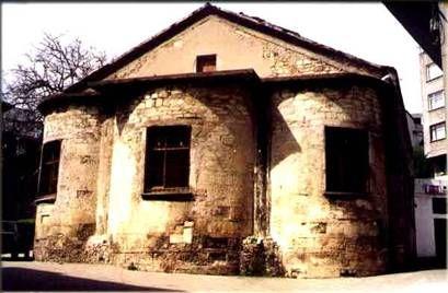 ÜNYE TARİHİ YERLERİ VE YAPILARI - yesilcennetunye - Blogcu.comBugün düğün salonu olarak kullanılan Yalı'daki kilise