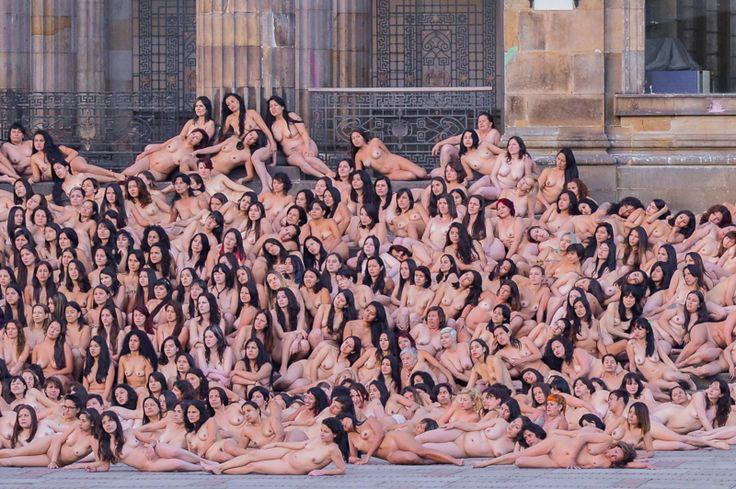Así fueron las fotos que tomó Spencer Tunick en Bogotá